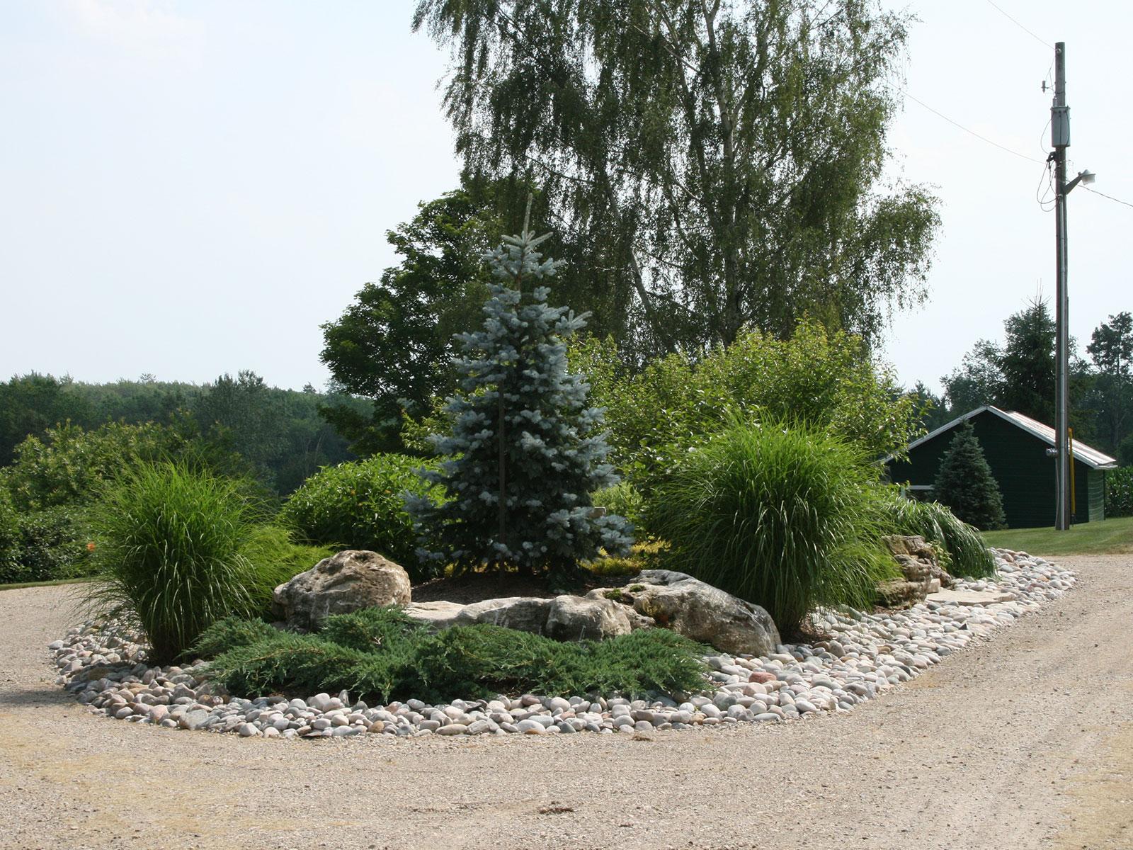 Country Island Garden