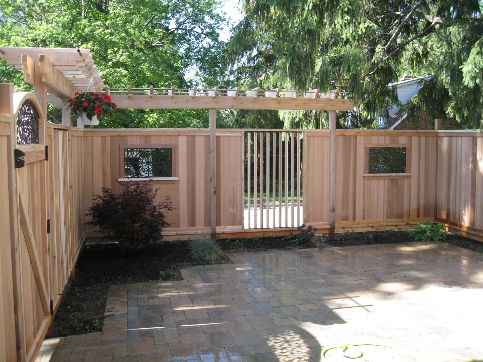 Custom Cedar Louver Privacy Screen