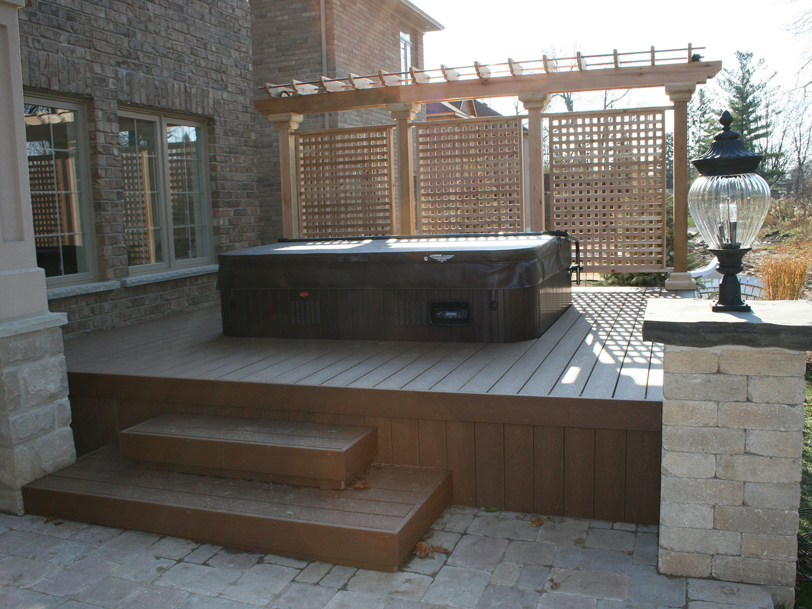 Trex Hot Tub Deck - Privacy Screen