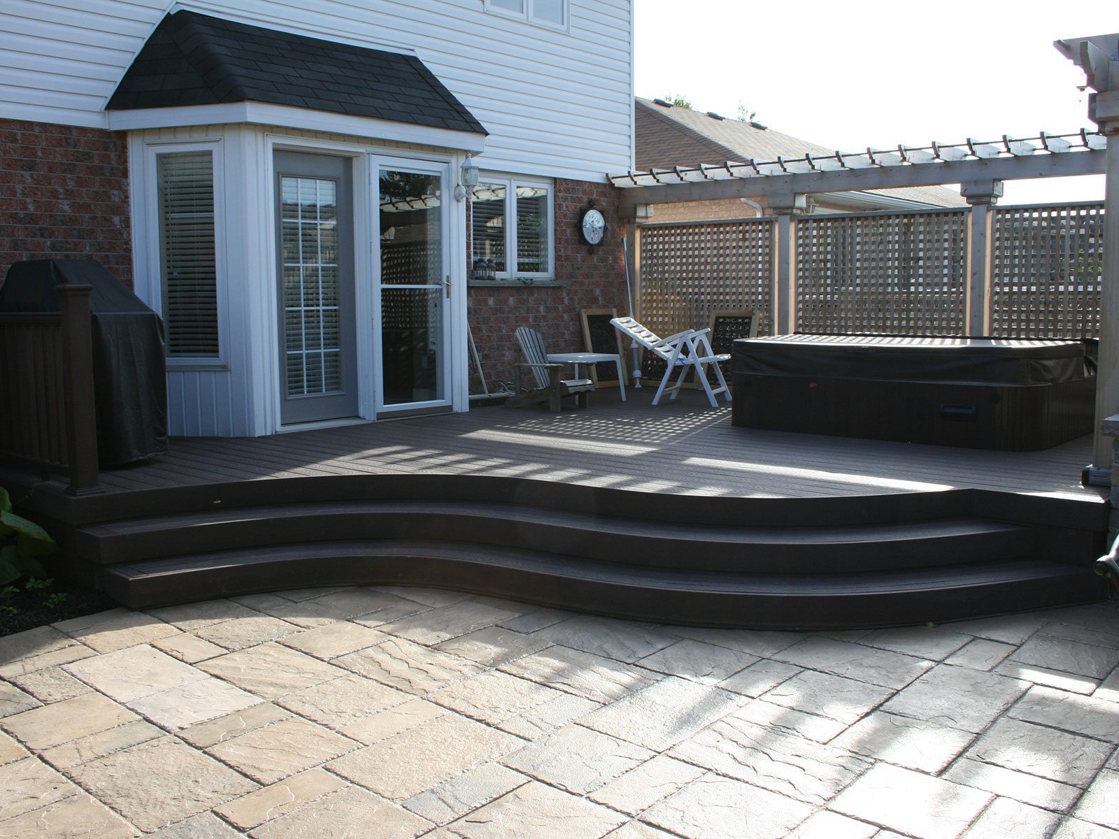 Trex Deck - Cedar Privacy Screen - Hot Tub