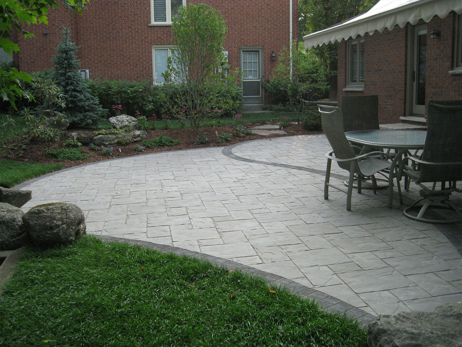 Curved Unilock Patio