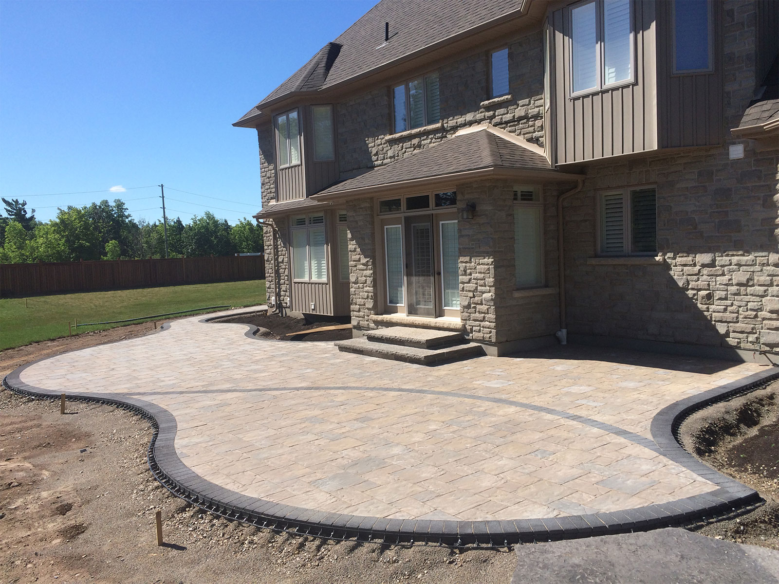 Curved Patio Build with Pave Edge