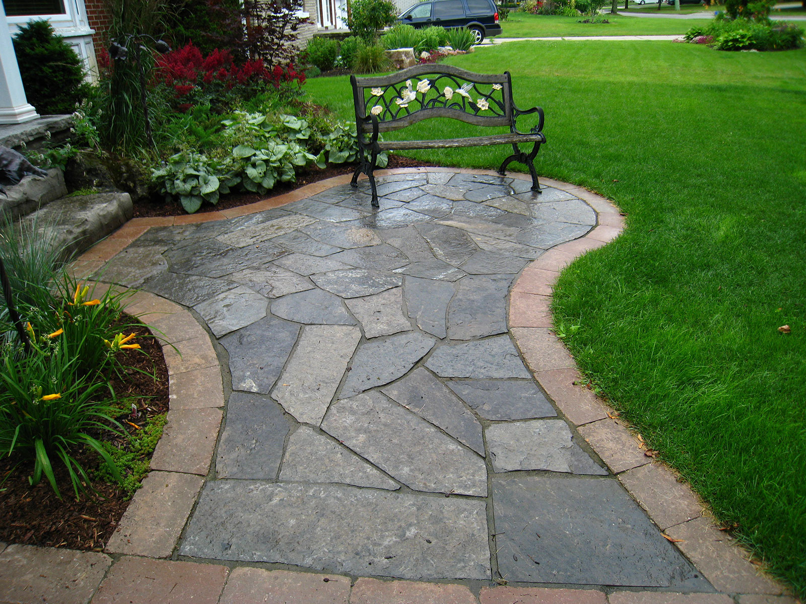Flagstone and Paving Stone Front Yard Walkway