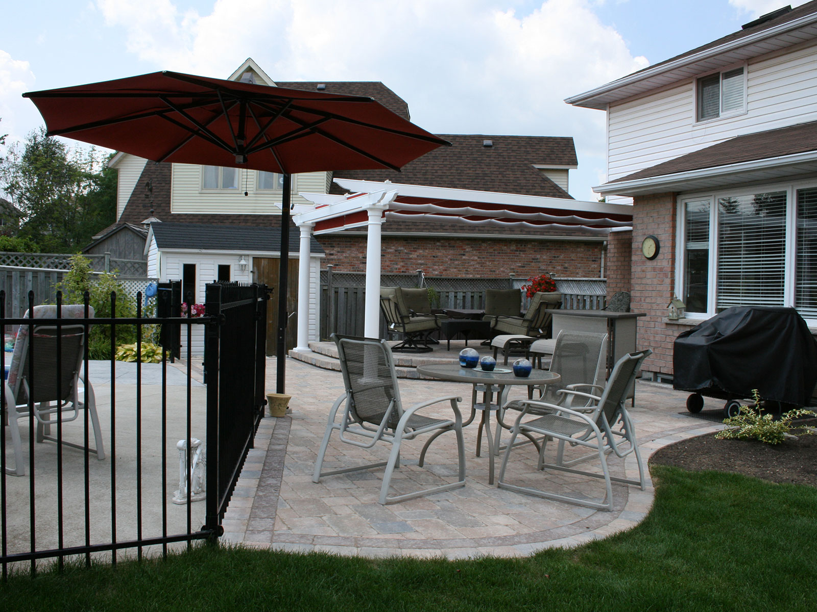 Shade Tree - Unilock Patio